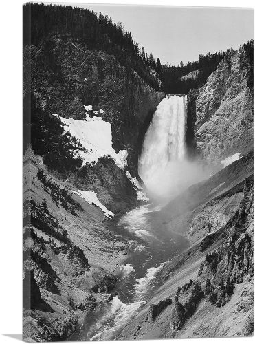 Yellowstone Falls - Yellowstone National Park - Wyoming